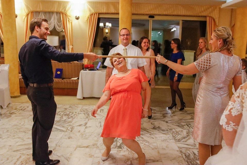 buli az esküvőn